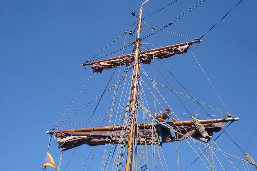 Segelschiff-Mastarbeiten