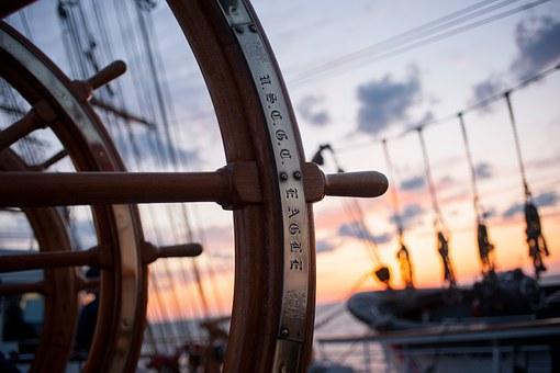 ship-helm-759954__340