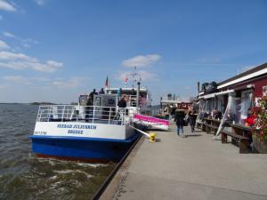 Schifffahrt von Blankenese nach Hamburg
