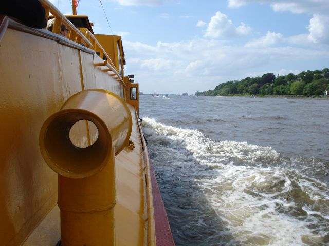 Schiff-Elbe