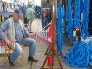 Segelmacher auf den Elsflether Seefahrtstagen