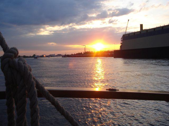 Sonnenuntergang-Weser