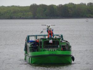 Tidenkieker auf der Elbe