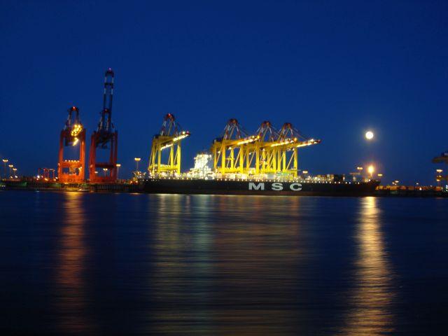 Containerkaje-Bremerhaven
